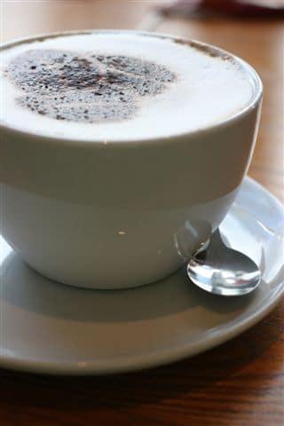 מישהו רוצה קפה חינם?